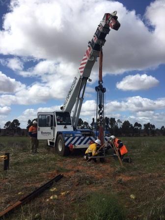 Solar farm pile pullout test